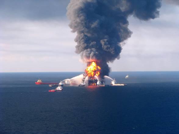 L'incendio della piattaforma Deepwater Horizon