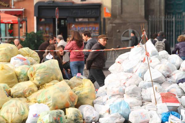 Rifiuti,Corte Strasburgo condanna Italia