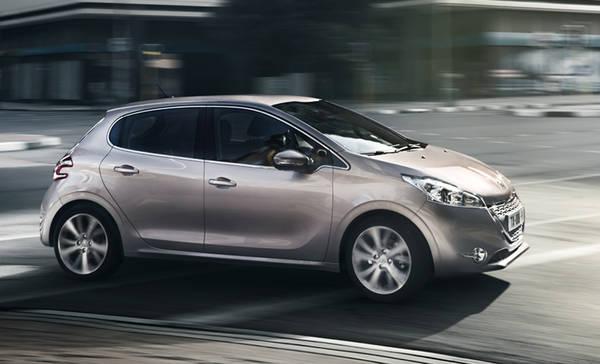 Peugeot, per la 208 in settembre il 3 cilindri 1.0 da 68 Cv