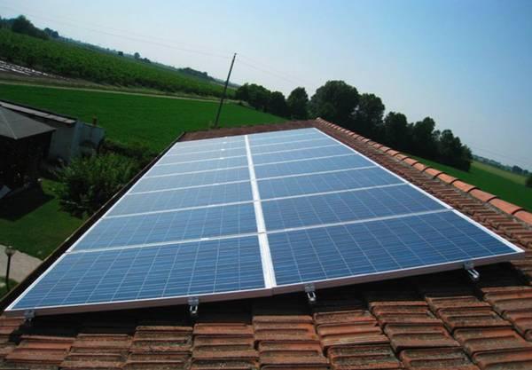 Energia: bozza; giu' target per bolletta e rinnovabili