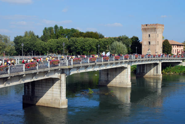 Commissione Ue punta a trasporti 'verdi' su fiumi e canali