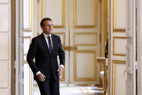 Emmanuel Macron © EPA