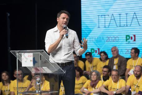 Matteo Renzi durante l'assemblea nazionale dei circoli Pd  (archivio) © ANSA