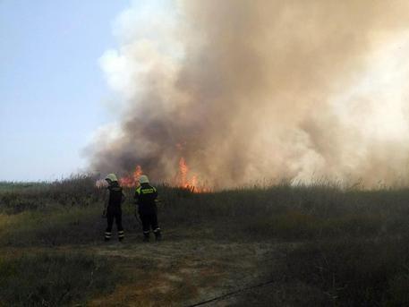Un incendio in una foto di archivio © ANSA