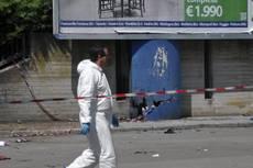 Brindisi, ordigno esplode davanti a scuola: morta una ragazza