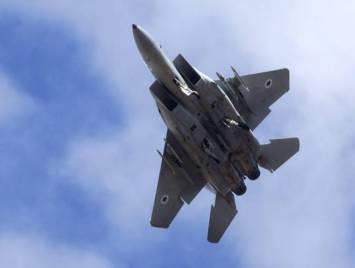 An Israeli F-15 jet fighter (archive)
