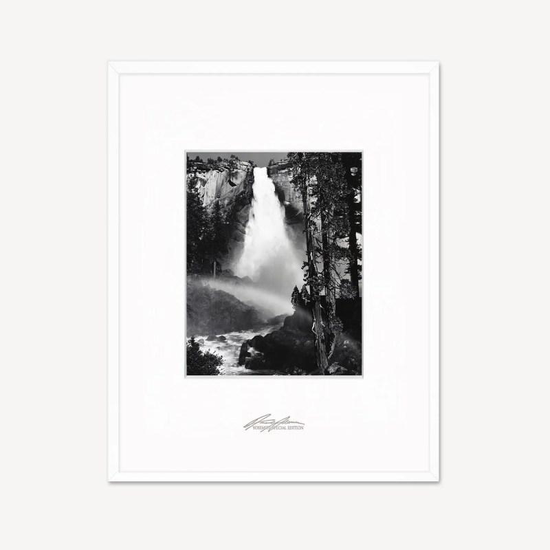 Yosemite National Park,Nevada fall Mind-Twisting Optical-Illusion,Great Gift
