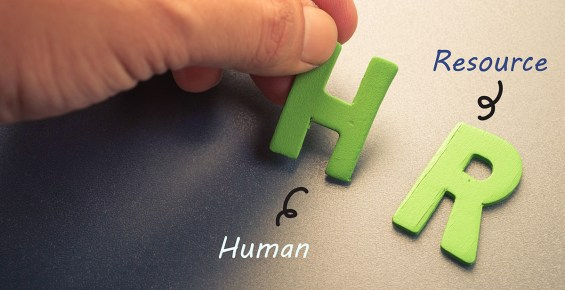Looking To Outsource Your HR Functions? Here are 5 Benefits