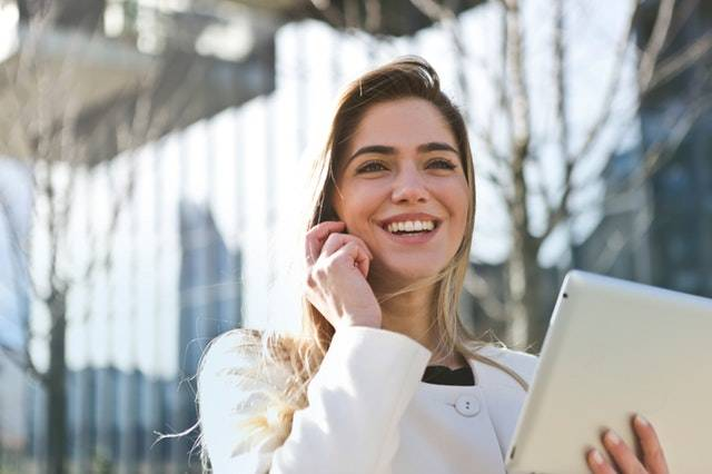 4 Phrases That Can Change a Phone Call