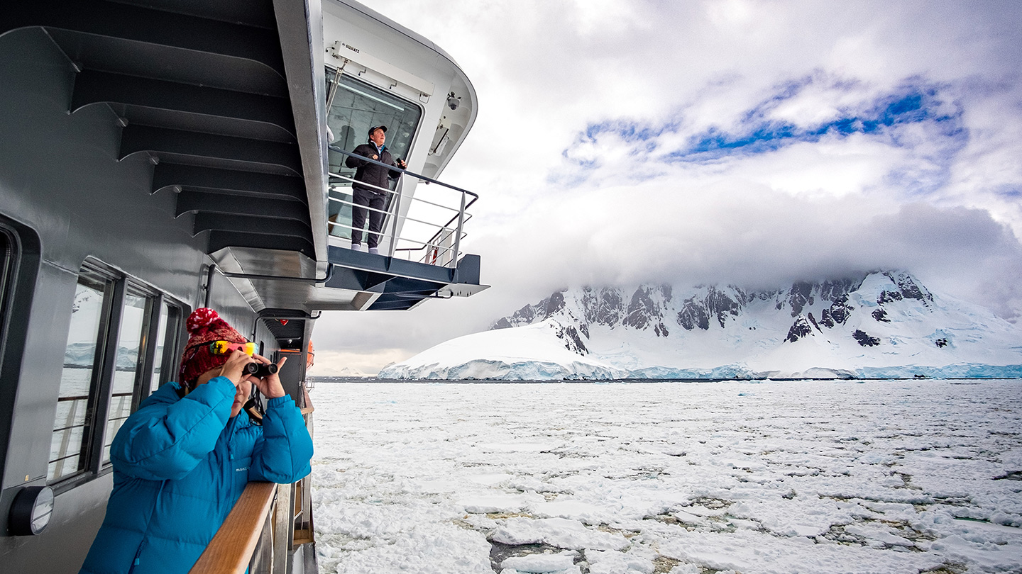 Best time to travel to Antarctica - Summer Season