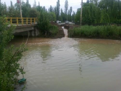 Aspecto del agua despues de las lluvias. Foto: ARSA