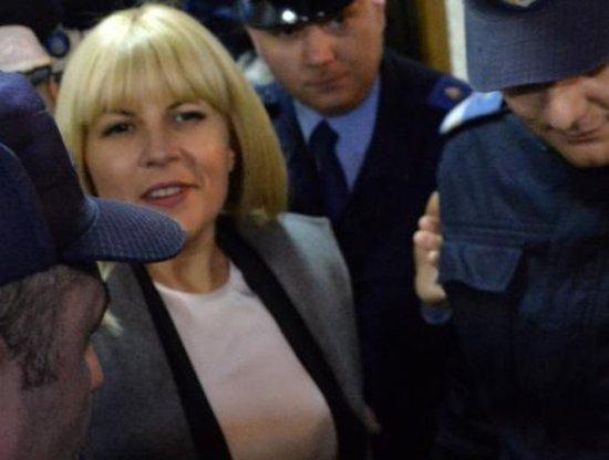 """Elena Udrea poate fi ARESTATĂ din nou. Au fost  înregistrate 170 voturi """"pentru"""" şi 118 """"împotriva"""" cererii de arestare 534"""