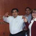 Morena ratifica ante el INE candidatura de Miguel Barbosa a gubernatura de Puebla