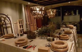 Overzicht van tafel met accessoires voor workshop groendecoratie door Antérieur Authentique