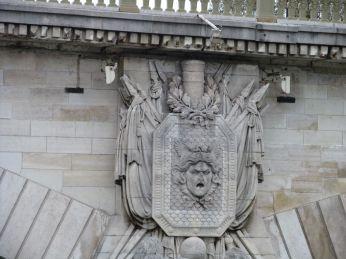 A bridge of Paris