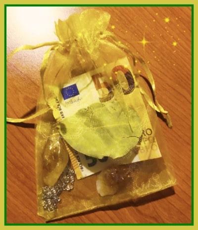 Amuletos caseros para atraer el dinero