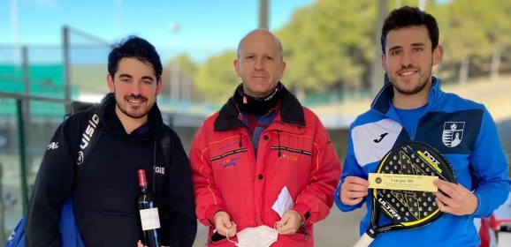 Éxito de participantes en el XVIII Torneo de Pádel Peñalba Alumni