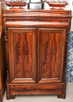 Antikke møbler (17)