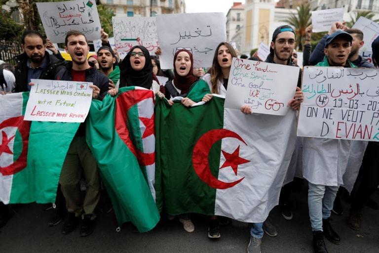 Argelia: ¡no a la represión y la intimidación! ¡No a las elecciones generales!