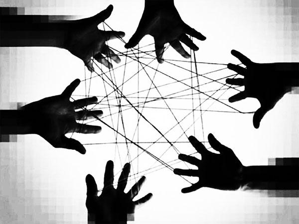 mani-rete-legate