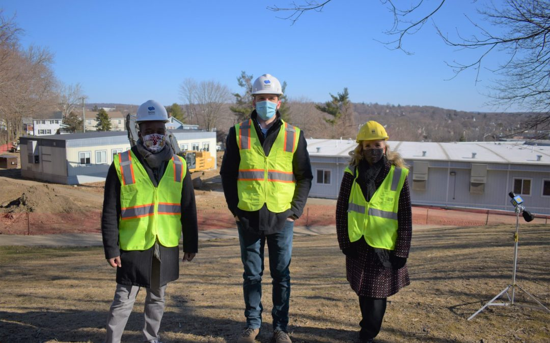 Demolition of Portable Classrooms at Jefferson Elementary School Begins