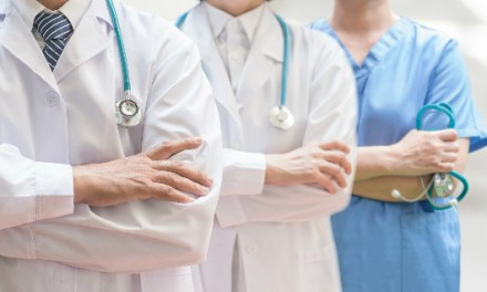 En La Estrella piden respeto para el personal de la salud
