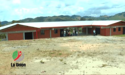 En La unión buscan terminar escuela rural