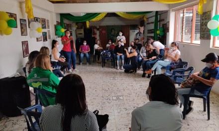 Campamento le apuesta al emprendimiento femenino