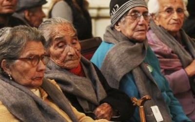 Líderes en pro de la protección de los adultos mayores