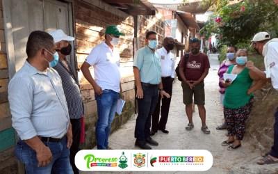 El alcalde de Puerto Berrío recorre las calles para escuchar las necesidades de la población