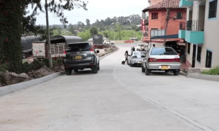 Marinilla realiza obras de mejoramiento vial