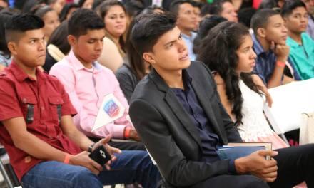 1.320 millones de pesos para 571 estudiantes de Girardota