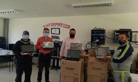 82 computadores para San José de la Montaña