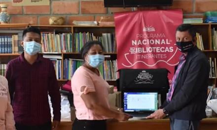 Resguardo Indígena de Karmata Rúa recibió biblioteca