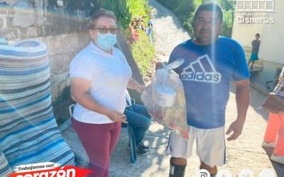 Cisneros hace ayuda comunitaria para las familias afectadas por la ola invernal