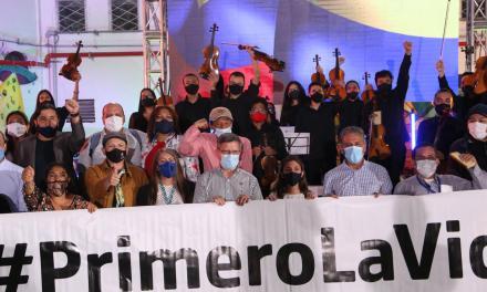 La Gobernación realizó un concierto en homenaje a las víctimas de la violencia