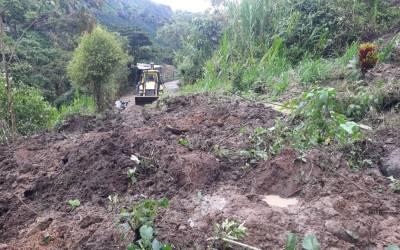 Tres fallecidos por avenida torrencial en Antioquia