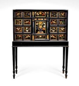An Italian 17th century cabinet