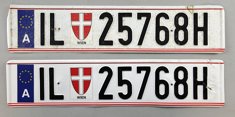 A pair of James Bond's number plates