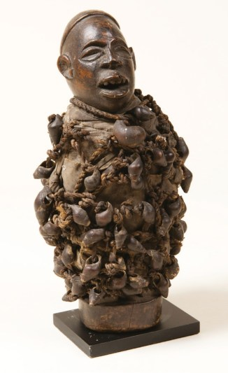 Kongo people fetish figure