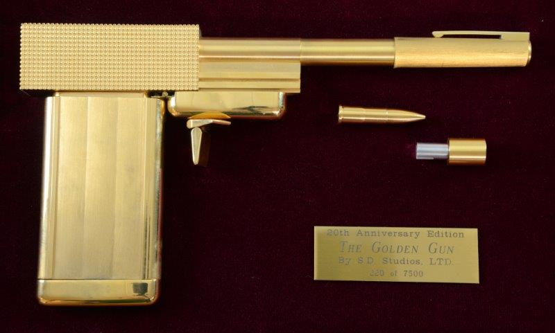 James Bond The Man with the Golden Gun pistol