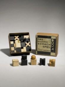 Josef Hartwig and Joost Schmidt Rare Chess Set, model no. XVI, 1924