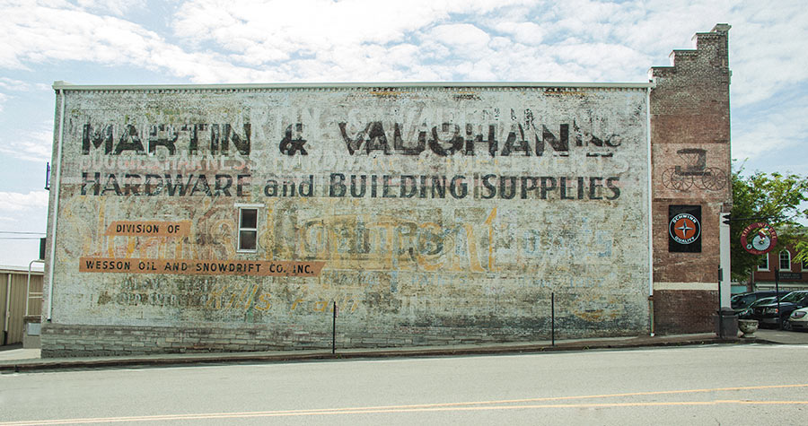 ghost signs columbia tn
