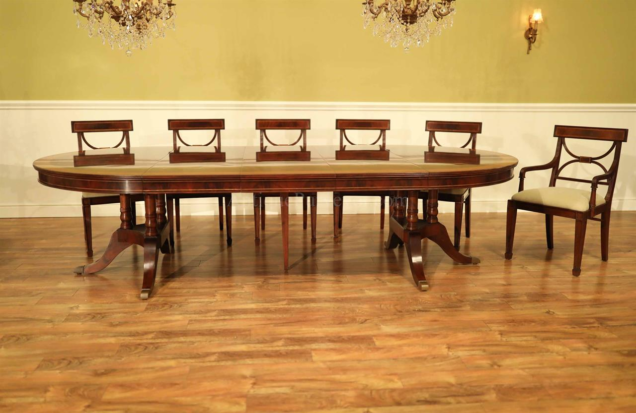 Large Traditional Round Mahogany Dining Table For 6 To 12