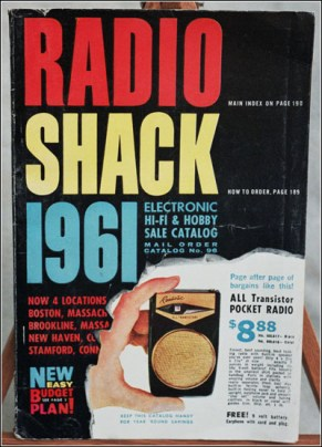 Radio Shack 1961 from www.antiqueradio.com