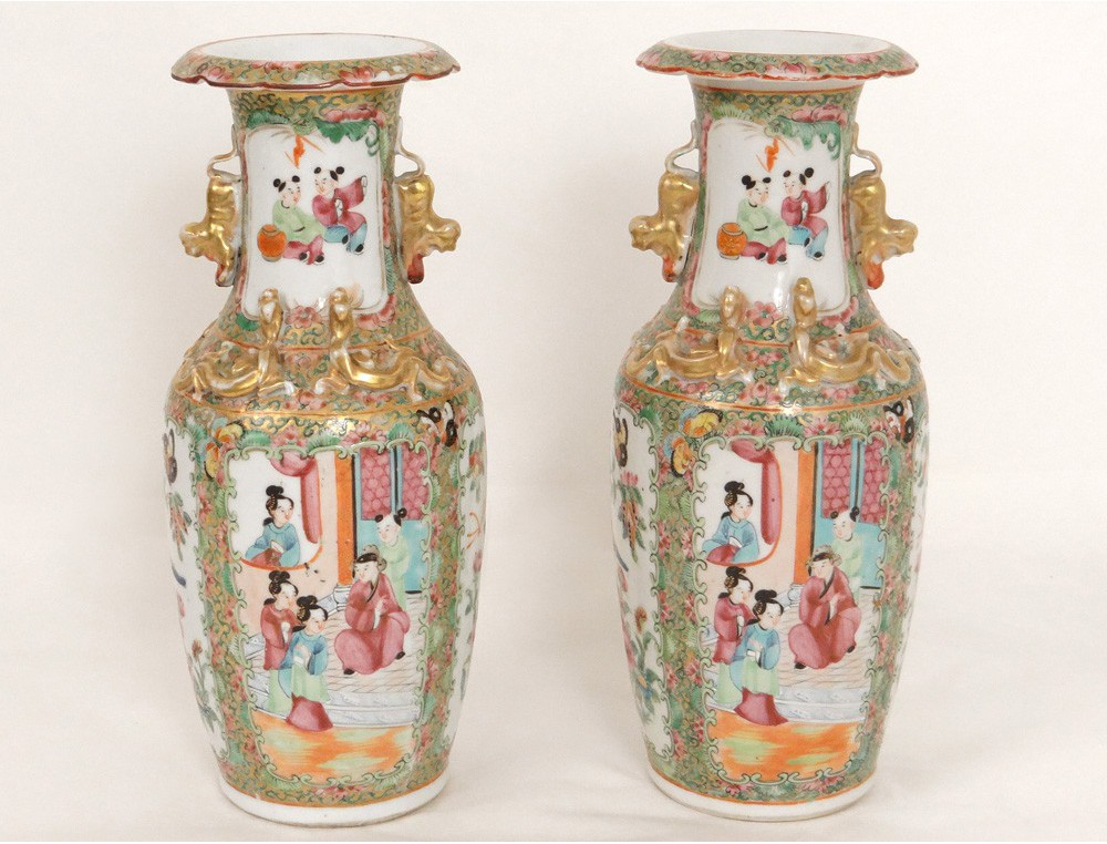 Pair Of Porcelain Vases Canton Chinese Characters Female