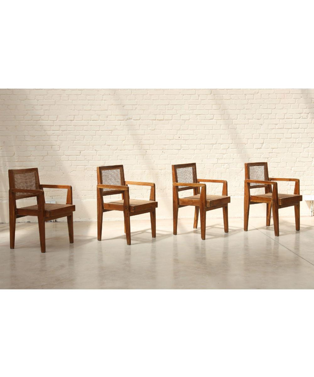 Ensemble de 4 fauteuils de Pierre Jeanneret (1896-1967)