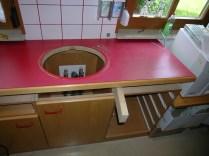 Fachgerechte Restauration von antiken Möbeln   Möbelbau aus heimischen Hölzern   Reparatur- und Montagedienst   Öffnungszeiten: Werktags von 08:00 Uhr – 18:00 Uhr   Leonhardstraße 36, 8010 Graz   Mobile: +43 676 4177097   eMail: office@antiquitaetentischlerei-maehring.at