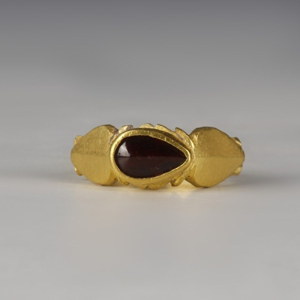 Roman Gold Ring with Teardrop Garnet