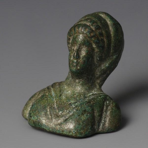 Roman Vestal Virgin Bust Appliqué